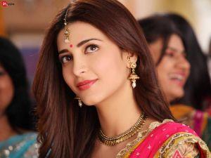 Smile In Shruti Haasan