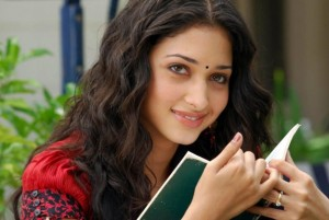 Actress Tamannaah Photo Comment Pic